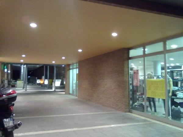 Negozio in affitto a Spoleto, Zona Commerciale San Nicolò, 100 mq - Foto 3