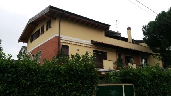 Appartamento in vendita a Cesate, Arredato, con giardino, 110 mq