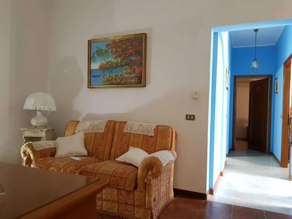Casa indipendente in vendita a Monserrato, Con giardino, 105 mq