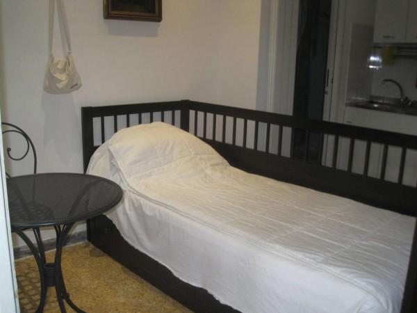Appartamento in affitto a Roma, Medaglie D'oro, Arredato, con giardino, 30 mq