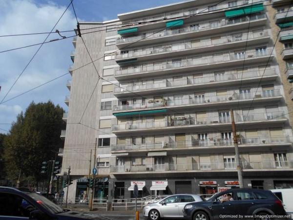 Appartamento in vendita a Torino, San Donato, 125 mq