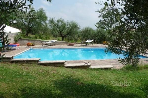 Villa in vendita a Velletri, Fienili, Con giardino, 350 mq - Foto 1