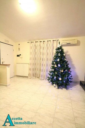 Appartamento in vendita a Taranto, Residenziale, 114 mq
