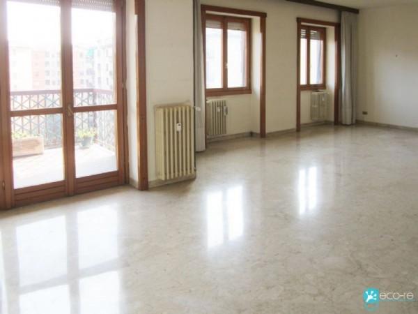 Appartamento in vendita a Milano, San Gimignano, Con giardino, 170 mq - Foto 25