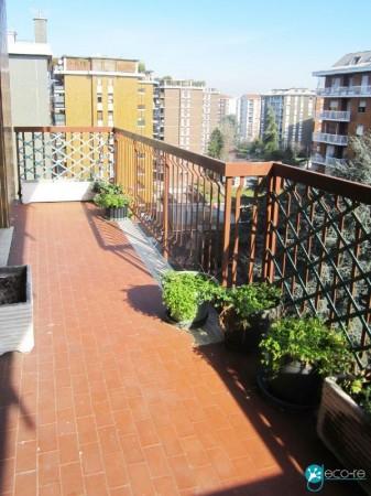 Appartamento in vendita a Milano, San Gimignano, Con giardino, 170 mq - Foto 1