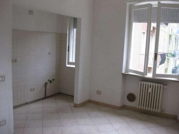 Appartamento in affitto a Sedriano, Semi Centrale, 55 mq