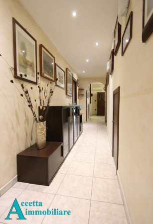 Appartamento in vendita a Taranto, Semicentrale, 85 mq
