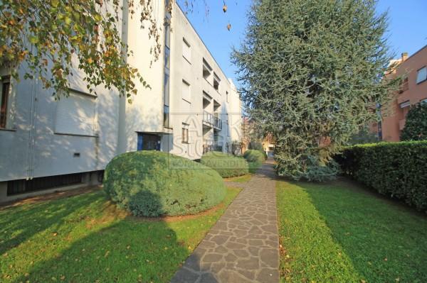 Appartamento in vendita a Cassano d'Adda, Annunciazione, Con giardino, 70 mq