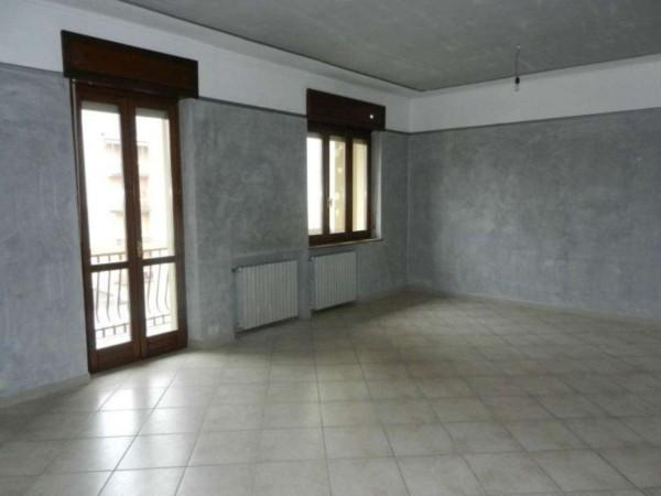 Appartamento in affitto a Venaria Reale, 100 mq