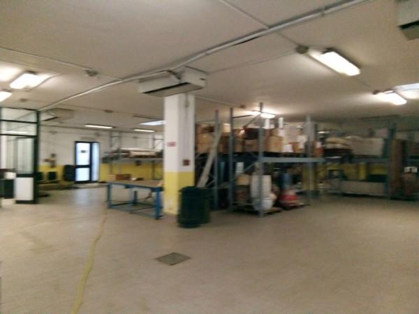 Locale Commerciale  in vendita a Vinovo, Vinovo, 550 mq - Foto 1