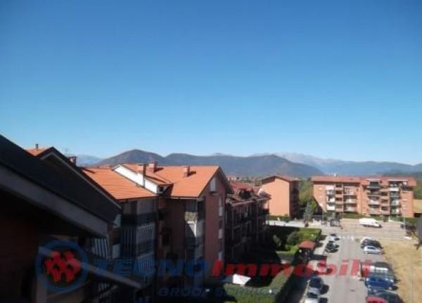 Appartamento in vendita a Orbassano, 60 mq