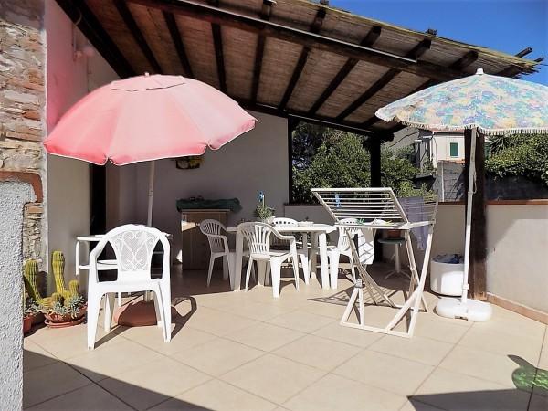 Villa in vendita a Cecina, Palazzi, Con giardino, 150 mq - Foto 1