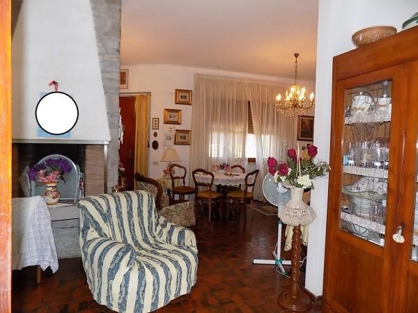 Villa in vendita a Cecina, Palazzi, Con giardino, 150 mq - Foto 2