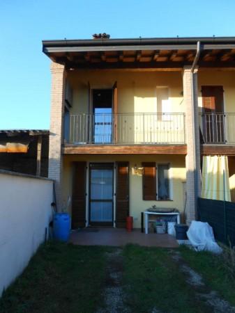 Casa indipendente in vendita a Ricengo, Residenziale, Con giardino, 94 mq