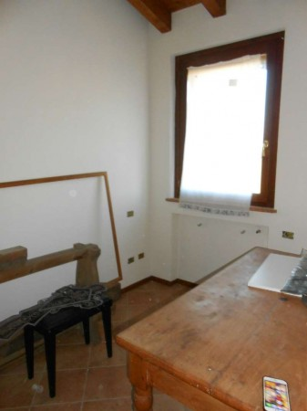 Casa indipendente in vendita a Ricengo, Residenziale, Con giardino, 94 mq - Foto 3