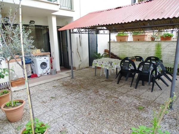 Appartamento in vendita a Roma, Con giardino, 150 mq