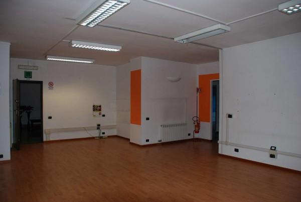 Ufficio in affitto a La Loggia, La Loggia, 150 mq