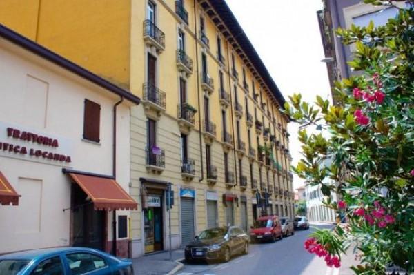 Bilocale in vendita a Monza, 45 mq