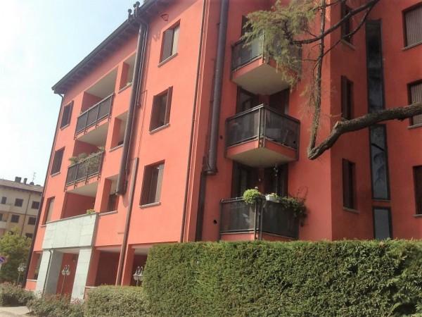 Monolocale in vendita a Monza, 40 mq