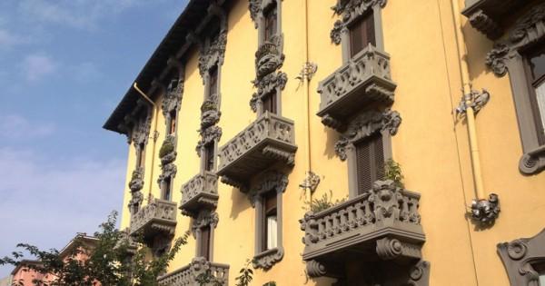 Locale Commerciale  in affitto a Sesto San Giovanni, Rondò, 80 mq