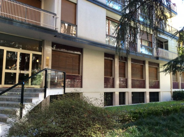 Appartamento in vendita a Milano, Piazza Sicilia, Con giardino, 2380 mq - Foto 1