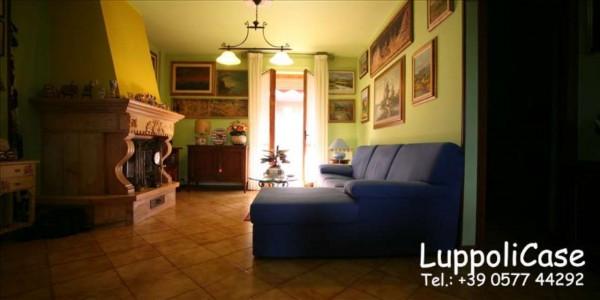 Appartamento in vendita a Sovicille, Con giardino, 117 mq
