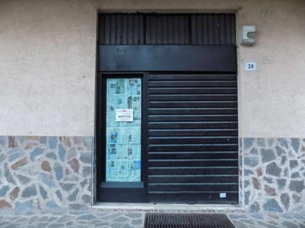 Negozio in affitto a Senago, 60 mq