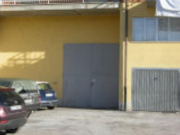 Locale Commerciale  in vendita a Mondovì, Via Torino, 80 mq