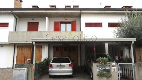 Villetta a schiera in vendita a Cesena, Calisese, Con giardino, 140 mq