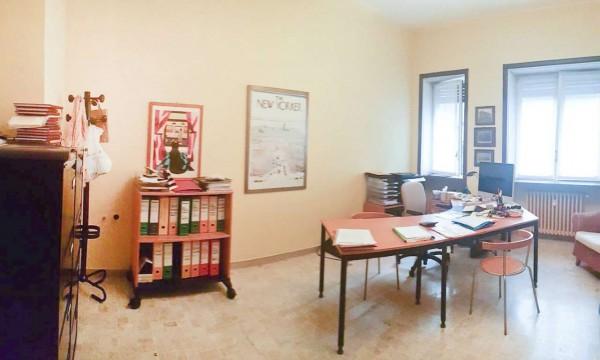 Ufficio in affitto a Milano, Crocetta, 65 mq