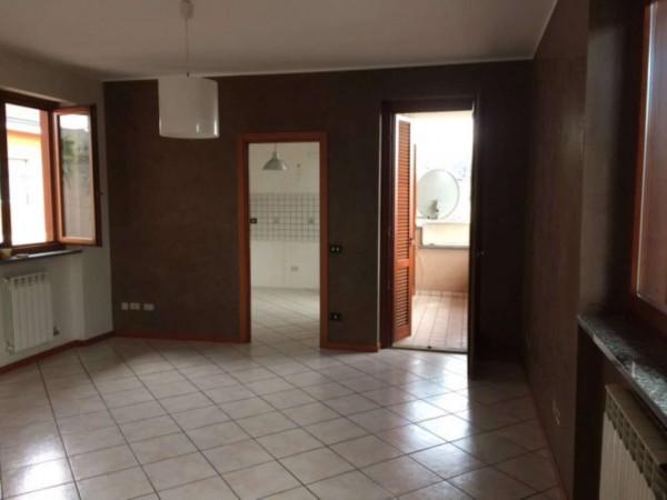 Appartamento in affitto a Cesate, 90 mq