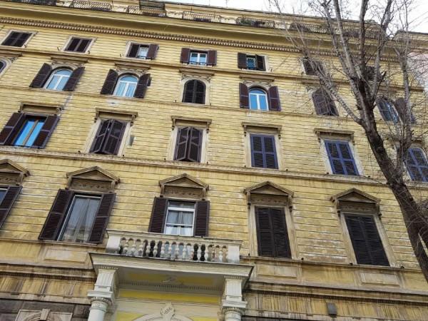 Appartamento in vendita a Roma, Termini, 56 mq