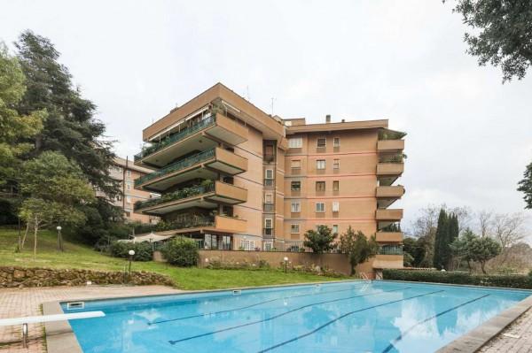 Appartamento in vendita a Roma, La Pisana, Con giardino, 140 mq