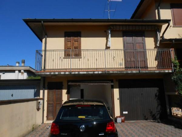 Villetta a schiera in vendita a Chieve, Residenziale, Con giardino, 104 mq