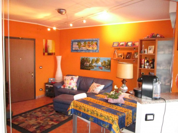 Appartamento in affitto a Trofarello, Centro, Arredato, 50 mq