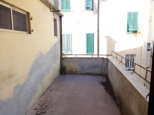 Casa indipendente in vendita a Livorno, Centro, Con giardino, 240 mq - Foto 3