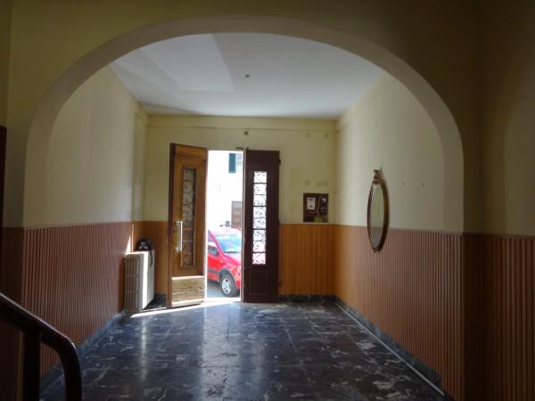 Casa indipendente in vendita a Livorno, Centro, Con giardino, 240 mq - Foto 2
