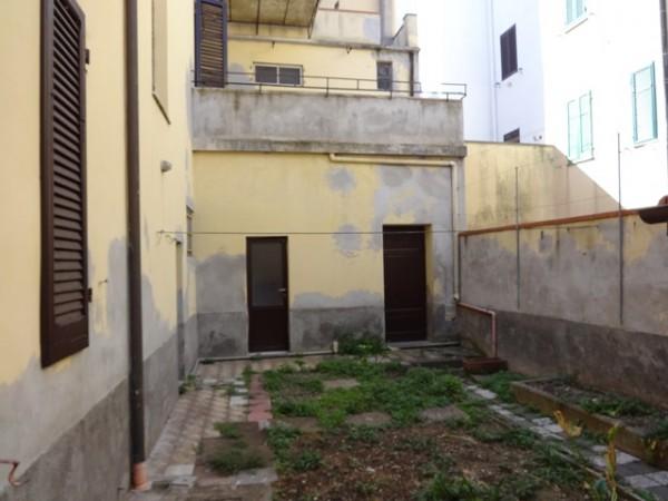 Casa indipendente in vendita a Livorno, Centro, Con giardino, 240 mq - Foto 4