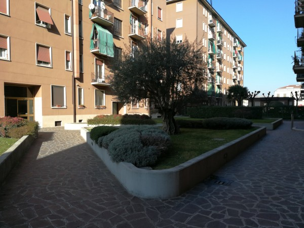 Bilocale in vendita a Milano, Testi/suzzani, Con giardino, 60 mq - Foto 4