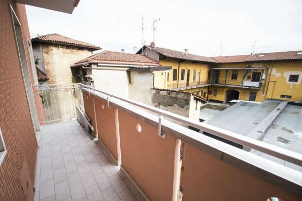 Appartamento in vendita a Desio, Centro, Con giardino, 70 mq