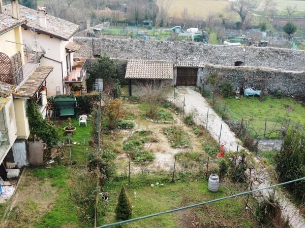 Appartamento in vendita a Spoleto, Centro Storico, Con giardino, 82 mq - Foto 14