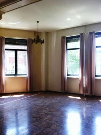 Appartamento in affitto a Torino, 65 mq