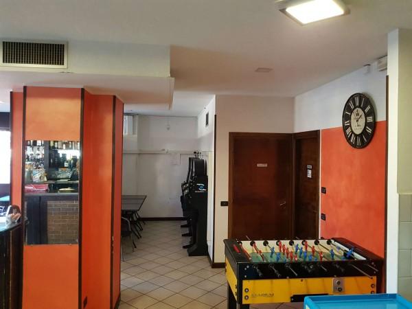 Locale Commerciale  in vendita a Tradate, Arredato, 100 mq - Foto 4