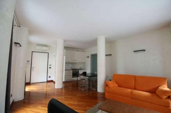 Appartamento in vendita a Milano, Porta Vigentina, Con giardino, 95 mq