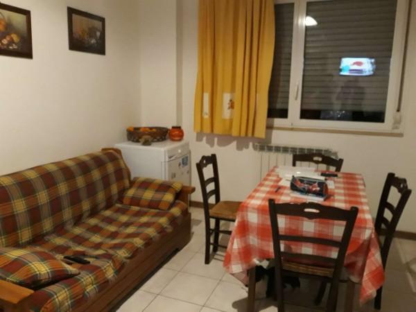 Appartamento in vendita a Baranzate, Arredato, 60 mq