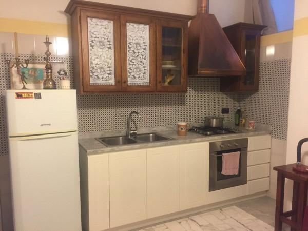 Appartamento in affitto a Pollena Trocchia, Arredato, 50 mq