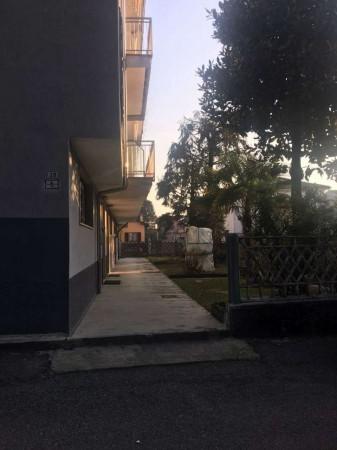 Appartamento in vendita a Garbagnate Milanese, Biblioteca-centro, Con giardino, 105 mq - Foto 4