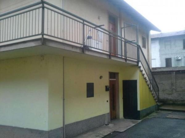 Appartamento in affitto a Magenta, 65 mq