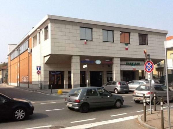 Negozio in vendita a Alpignano, Semicentro, 187 mq