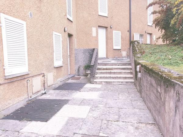 Villetta a schiera in vendita a Bregano, Arredato, con giardino, 115 mq - Foto 9